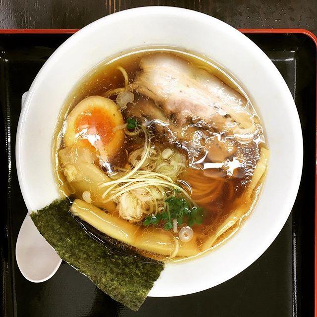 皐月亭の限定『鶏そば』細平打ち麺で、鶏出汁がさっぱりうまい!限定に弱いな〜。#皐月亭 #八山田 #ラーメン #そば #鶏 #煮卵 #平打ち麺 #しょうゆ #郡山 #koriyama #fukushima #おまけ #アイス