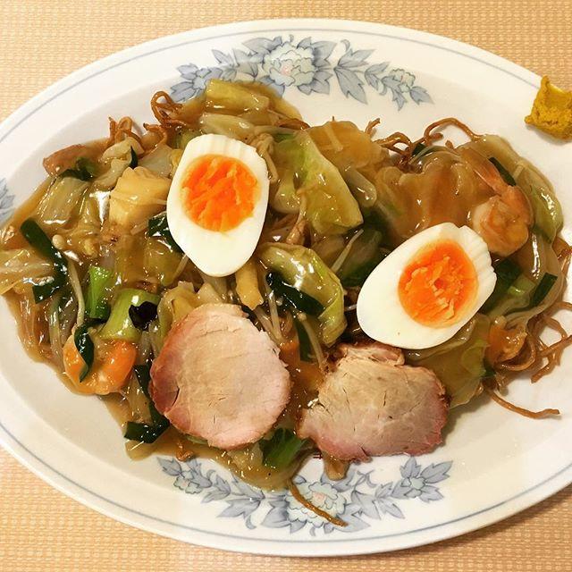 たかまるのあんかけ焼きそばは、麺までしっかり味がある!郡山の安定の味だよね。#たかまる #竹打ち #味濃い #半熟卵 #揚げ麺 #安定 #たまに食べたくなる #あんかけ #五目焼きそば #並木 #郡山 #郡山市 #fukushima #ラーメン #郡山ラーメン