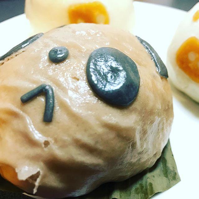 うすいでやってた中華街展のときのパンダ肉まん、ブタは角煮だった。 #うすい #中華街展 #横浜 #肉まん #角煮 #パンダ#中町 #百貨店 #デパート