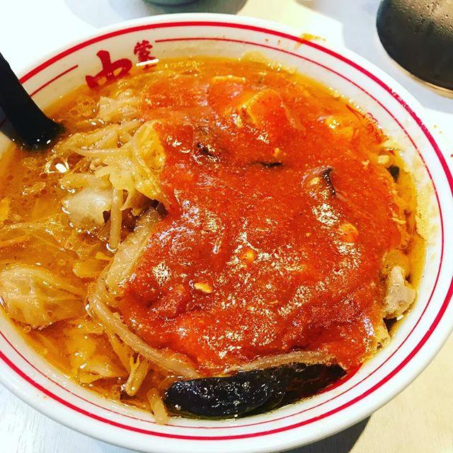蒙古タンメンを食べに東京にやってきた。9年間くらいカップラーメン食べてきたがやっぱり違うな。#蒙古タンメン #蒙古タンメン中本 #蒙古タンメン中本品川店 #ラーメン #ラーメン好き #ラーメン大好き #ラーメン女子 #ラーメン巡り #ラーメンインスタグラマー #ラーメンインスタグラム #ラーメンインスタ #辛い #辛いもの好き #辛いラーメン #辛い食べ物 #辛いの大好き #辛い料理 #辛党女子 #辛党